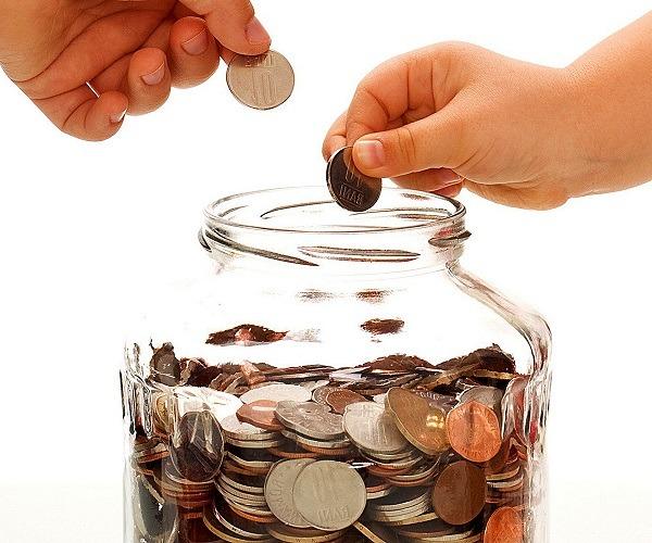 освоить навык откладывания денег для инвестиций