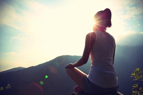 Примите правильную позу в медитации