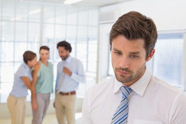 этапы развития травли на работе