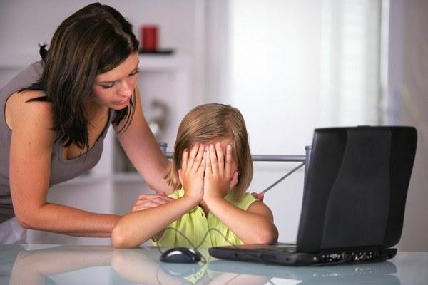защитить своего ребенка от кибербуллинга