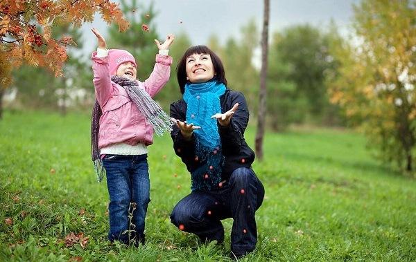 прогулка родителя с ребенком