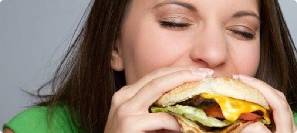Симптомы компульсивного переедания