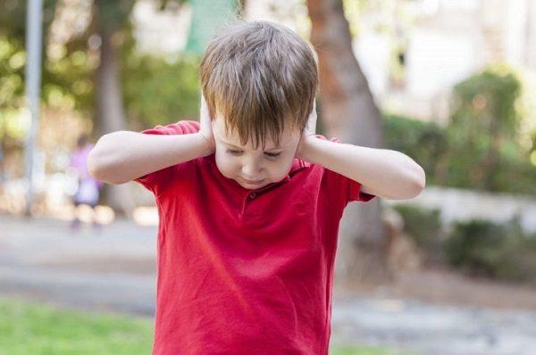 Сложности чувственного восприятия мира у ребенка