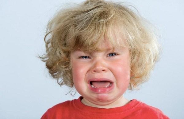 плаксивость ребенка