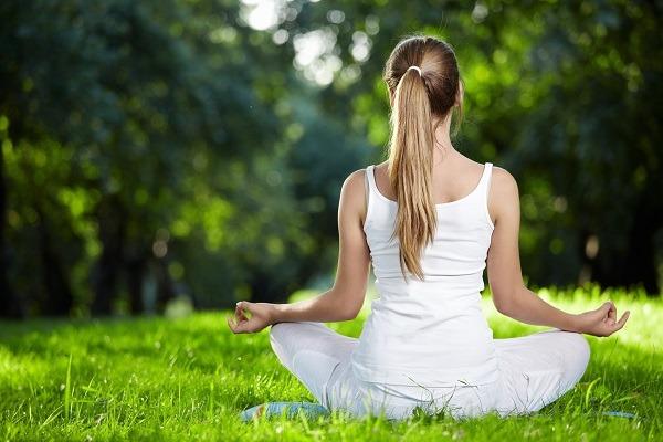 сочетание медитации и самонаблюдения