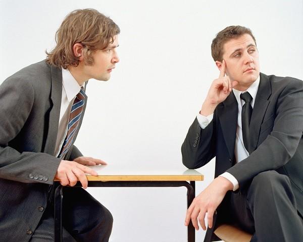 избегание общения
