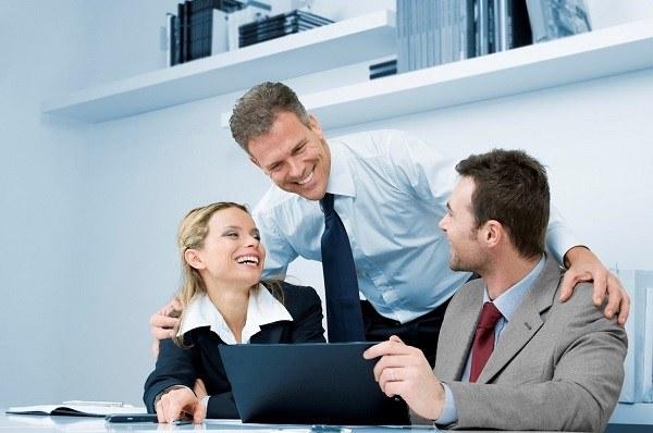 болтовня с коллегами по работе